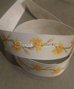 Daffodil Ribbon on White 22mm